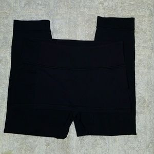 Lululemon Athletica Black leggings size 8